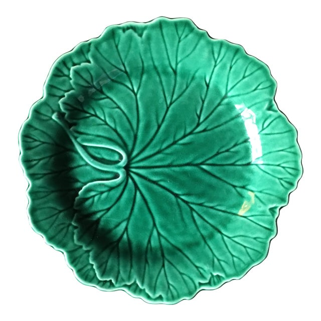 1940s Art Deco Wedgwood Majolica Cabbage Salad Plate For Sale