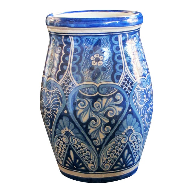 A Large Mexican Hand-Thrown Blue and White Glazed Barrel-Form Pot From Talavera Vazquez For Sale