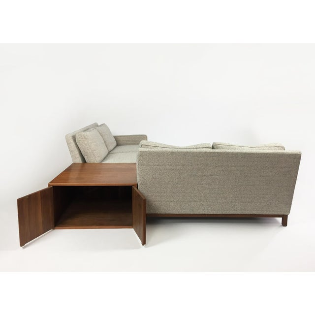 Fabric Henredon Sectional Sofa With Corner Storage Case For Sale - Image 7 of 9