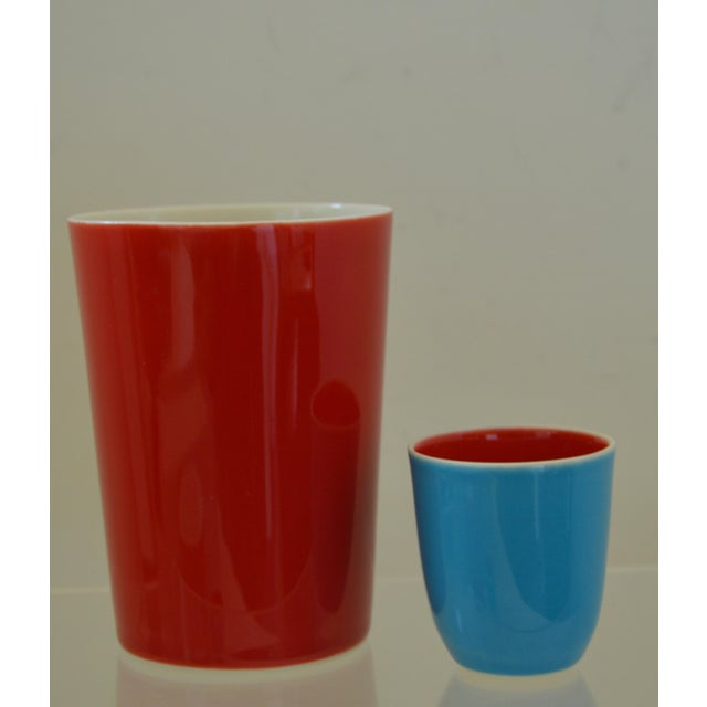 Art Deco Japanese Fine Porcelain Sake Flask and Cups - Set of 4 Turquoise Blue Red and White For Sale - Image 3 of 12