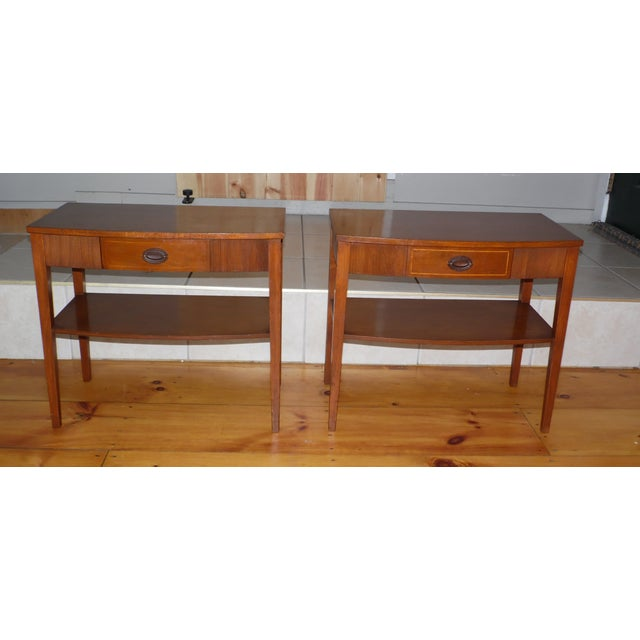 Vintage Pair Traditional Federal Mahogany End Tables Nightstands Mersman Tables For Sale - Image 10 of 13