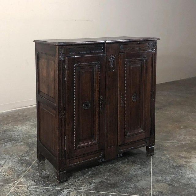 Early 19th Century Country French Louis XVI Oak Buffet is the perfect choice for cozy niches, or as a guest bathroom sink...