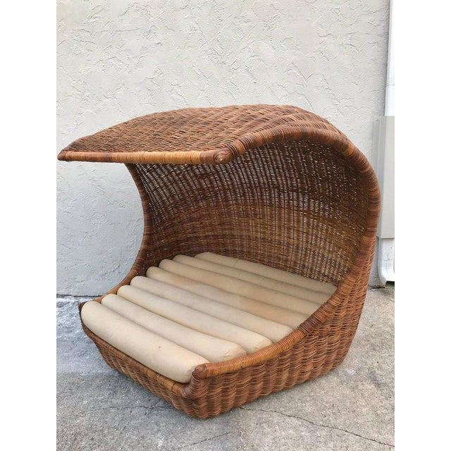 "Italian Midcentury ""Wave"" Rattan Lounge For Sale - Image 4 of 12"
