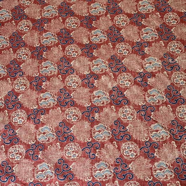 Traditional Quadrille Burger Red and Blue Hand Print Faerie Linen Fabric- 7 1/2 Yards For Sale - Image 3 of 7