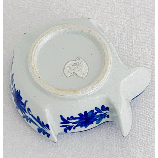 Ceramic Vintage Chinoiserie Fish Shape Hand Painted Porcelain Ashtray For Sale - Image 7 of 8