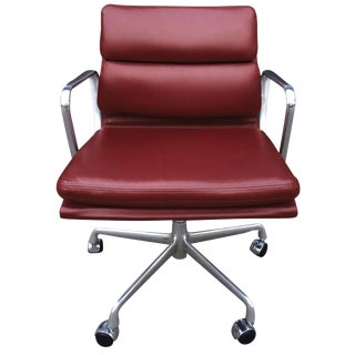 Mid-Century Soft Pad Chair by Eames for Herman Miller For Sale