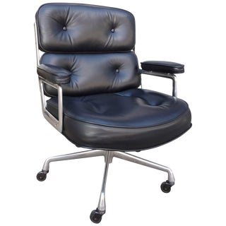 Mid-Century Eames Time Life Chair For Sale