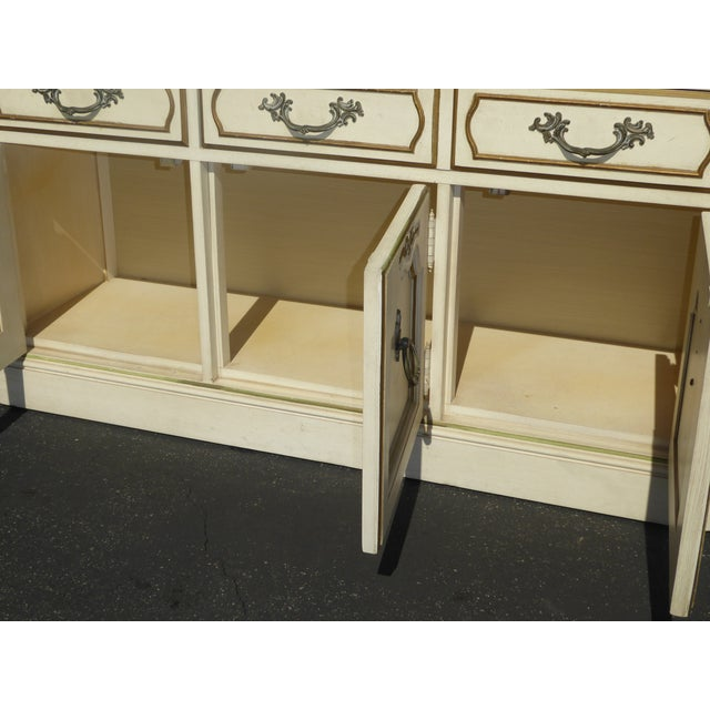 Thomasville French Country Carved Off-White Hutch - Image 11 of 11