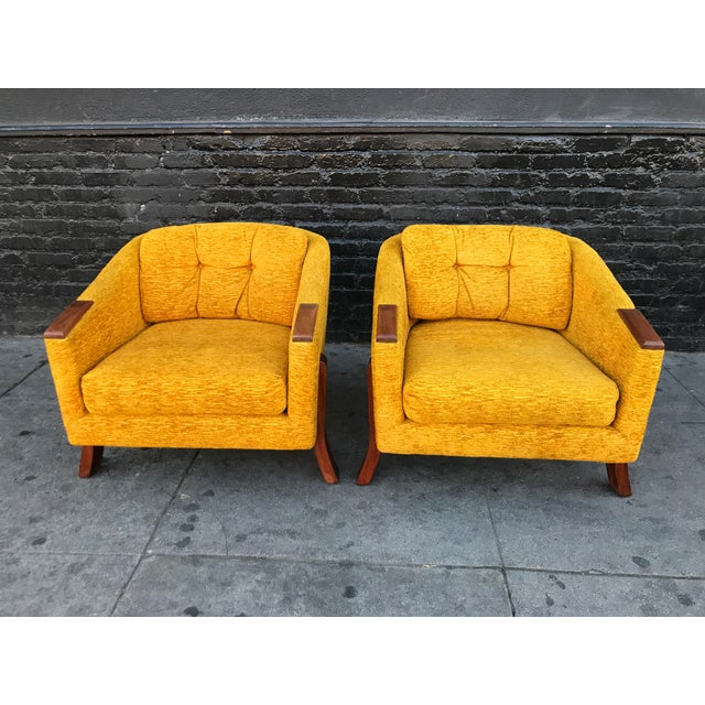 Stunning pair of mid century lounge chairs by Chelmode Furniture. American made, beautiful design from the 60's,,feature...