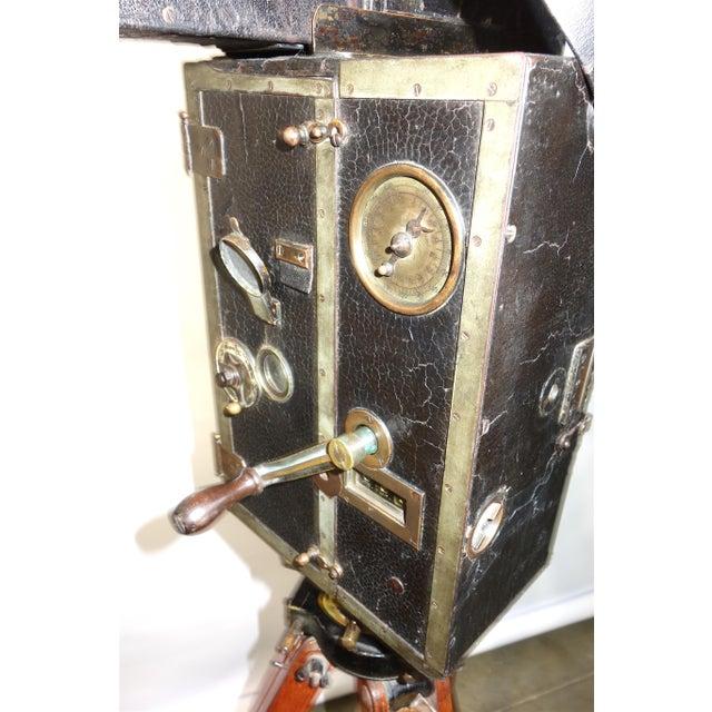 Pathe 35mm Professional Type X Cinema Film Studio Camera. Rare Circa 1908-12. One of a Kind. Unrestored. For Sale In Dallas - Image 6 of 11