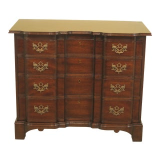 Kittinger OD1700 Block Front Mahogany Goddard Chest For Sale