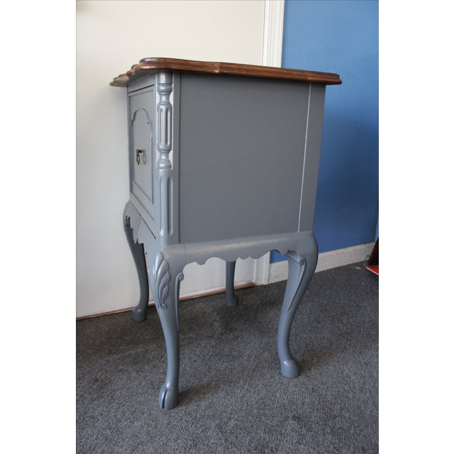 Country French Charcoal Gray Side/End Table - Image 4 of 10