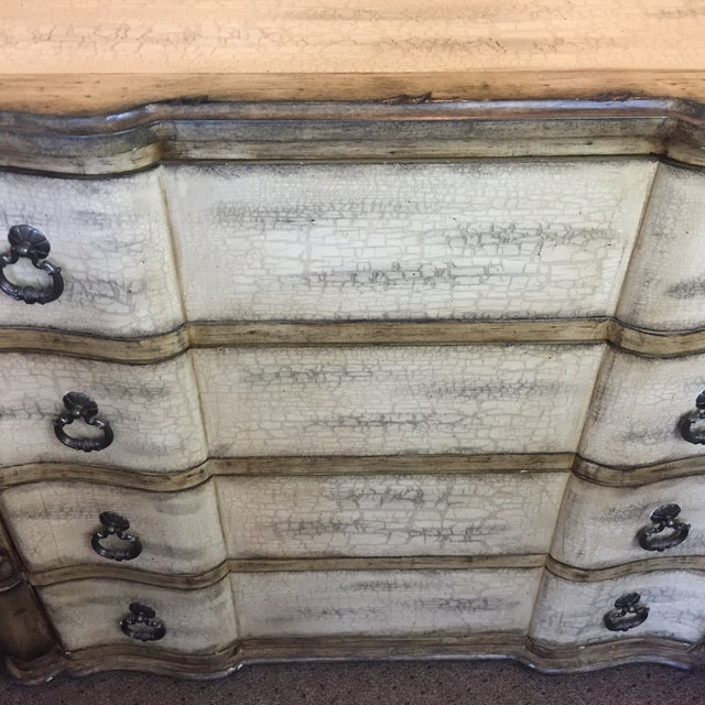Baers Antique White Crackle Paint Four Drawer Chest - Image 3 of 6