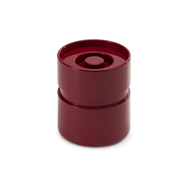 Contemporary Ice Bucket in Bordeaux Red - Rita Konig for The Lacquer Company For Sale - Image 3 of 3