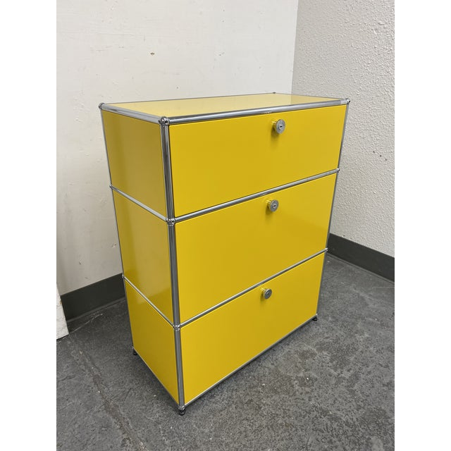 Design Plus Gallery presents a USM Fritz Haller Yellow Three Drawer Cabinet. The Iconic design from Fritz Haller is known...
