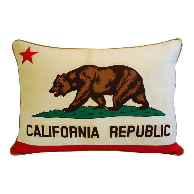 "Jumbo California Republic Bear Flag Feather/Down Pillow 31"" X 22"" For Sale - Image 10 of 10"