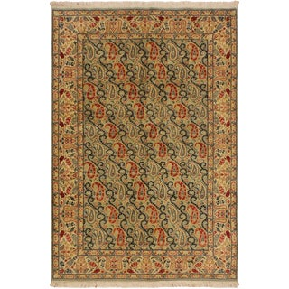 Guhm Pak-Persian Pearline Lt. Green/Tan Wool Rug - 4'8 X 7'1