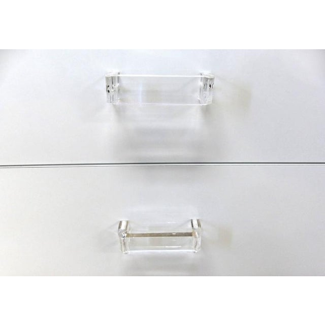White 1980s Lucite Modular Bar Wall System Attributed to Pace Collection For Sale - Image 8 of 11