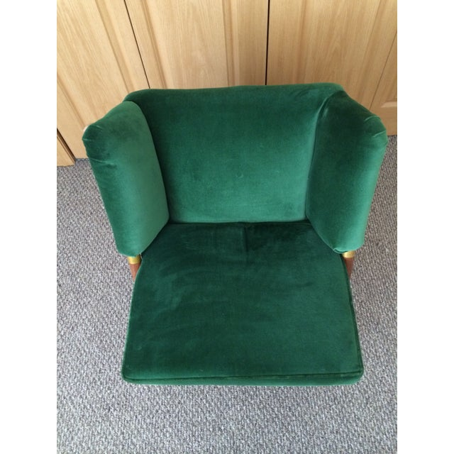 Mid-Century Emerald Velvet Chair For Sale In Minneapolis - Image 6 of 7