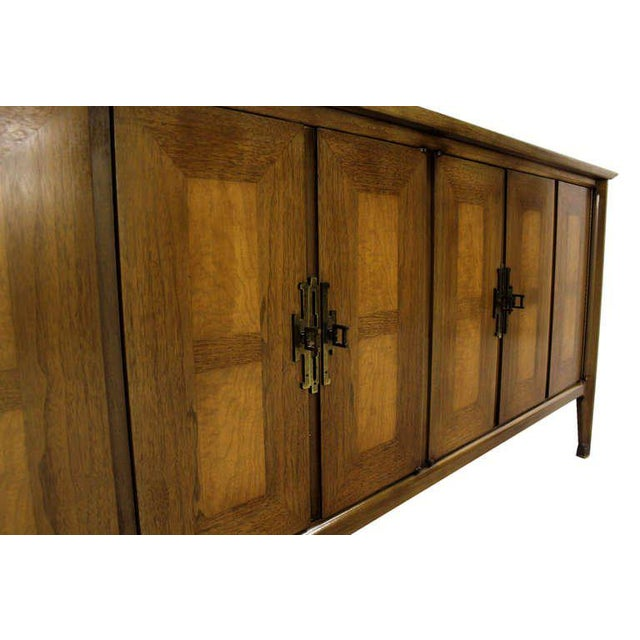 Early 20th Century Mid Century Modern Burlwood Long Credenza Dresser Matching Mirror For Sale - Image 5 of 9