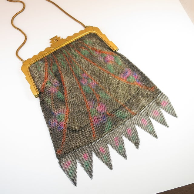 Art Deco Whiting & Davis Deco Hand-Tinted Dresden Mesh Evening Purse 1920s For Sale - Image 3 of 13