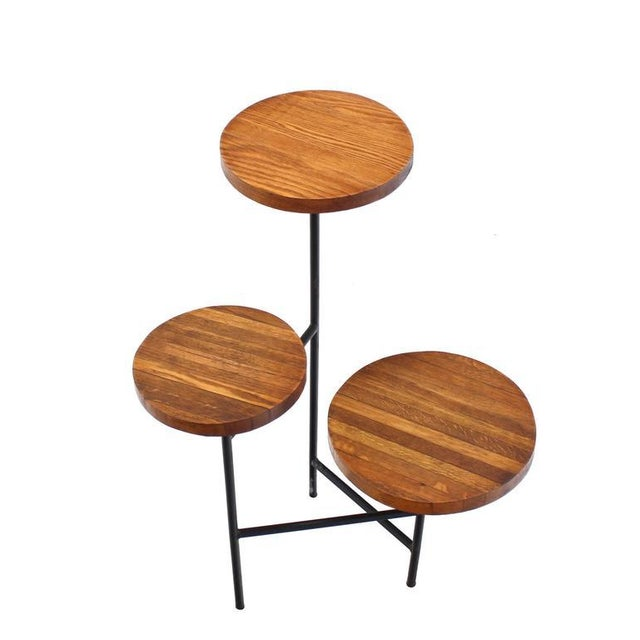 Very nice Mid-Century Modern planter or display table.