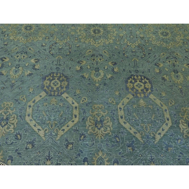 """2010s Farahan Hand-Knotte Rug - 8'2"""" Round. For Sale - Image 5 of 10"""