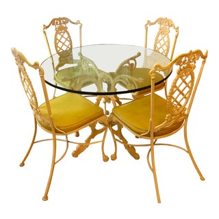 1970s Cottage Yellow Iron Dining Set - 5 Pièces For Sale