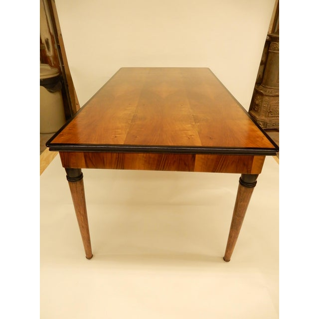1940's French Veneered Walnut Dining Table For Sale In New Orleans - Image 6 of 7