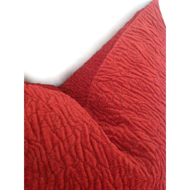 Donghia Donghia Rugoso Puckered Chenille Pomodoro Red Pillow Cover For Sale - Image 4 of 5