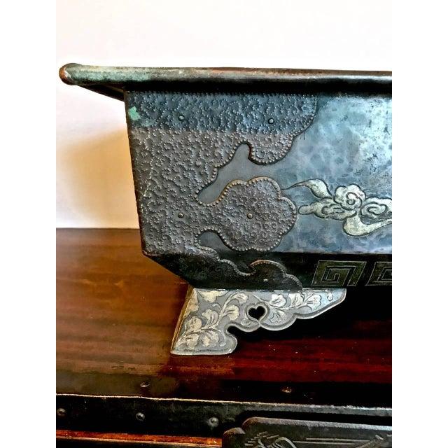 Asian Bronze Planter or Hibachi, Edo Period For Sale - Image 3 of 7