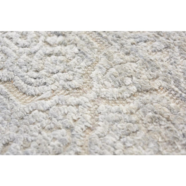 Silk Schumacher Sakura Hand-Knotted Area Rug in Wool Silk, Patterson Flynn Martin For Sale - Image 7 of 8