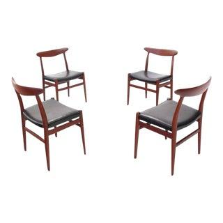 Hans Wegner Teak Chairs - Set of 4 For Sale