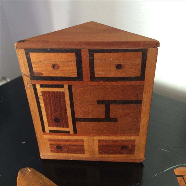 Small Marquetry Wooden Collection with inlay For Sale - Image 5 of 8