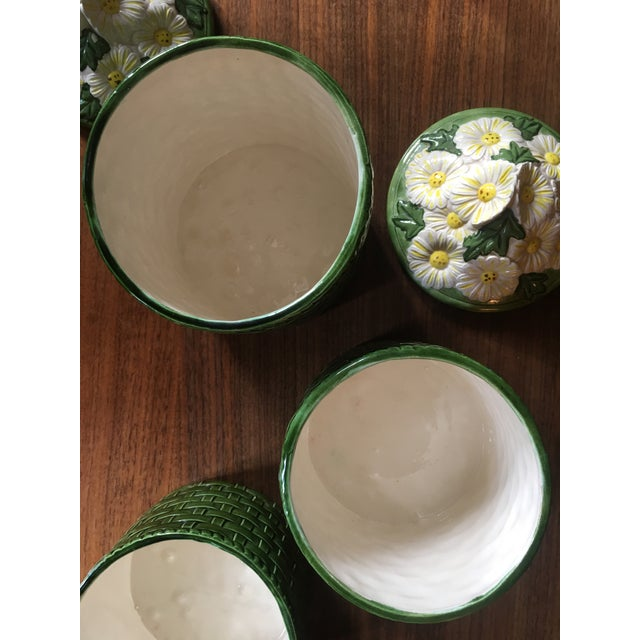 Green 1950s Vintage Green Ceramic Basket Weave Daisy Motif Canisters - Set of 4 For Sale - Image 8 of 10