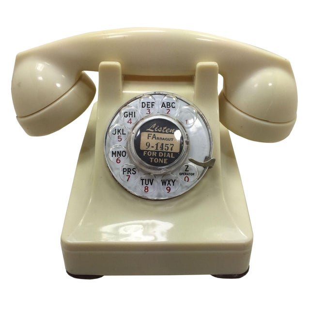 Western Electric 1950s Ivory 302 Telephone - Image 1 of 8