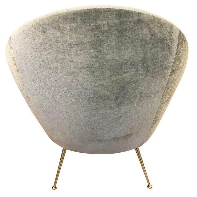 Italian Mid-Century Round Velvet Lounge Chair For Sale In New York - Image 6 of 7