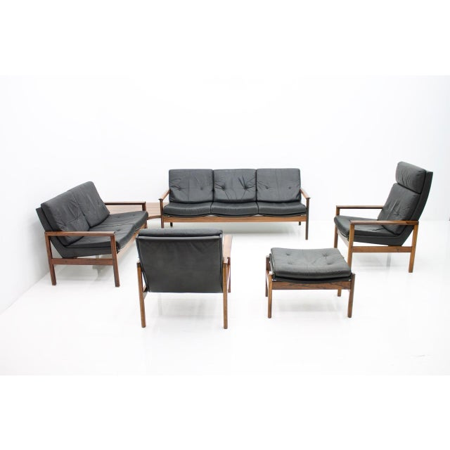 1960s Scandinavian Easy Chair in Rosewood and Black Leather, 1960s For Sale - Image 5 of 6