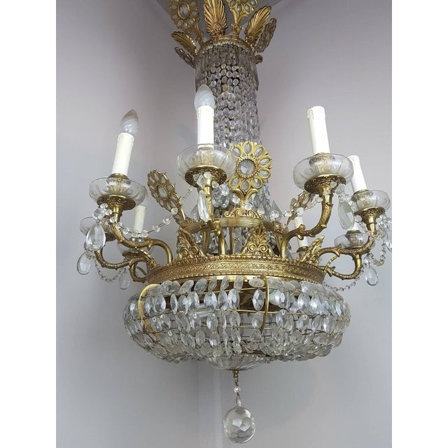 19th Century French Empire Style Gilded Bronze and Crystals Chandelier For Sale - Image 6 of 10