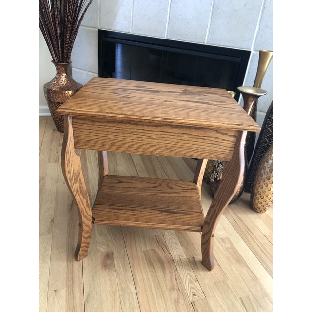 Traditional 1990s Amish Crafted Transitional Chairside Table For Sale - Image 3 of 13
