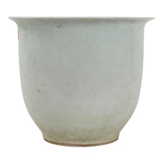 19th Century Qing Dynasty Porcelain Flower Pot For Sale