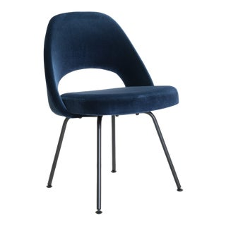 Saarinen Executive Armless Chairs in Navy Velvet, Obsidian Matte For Sale