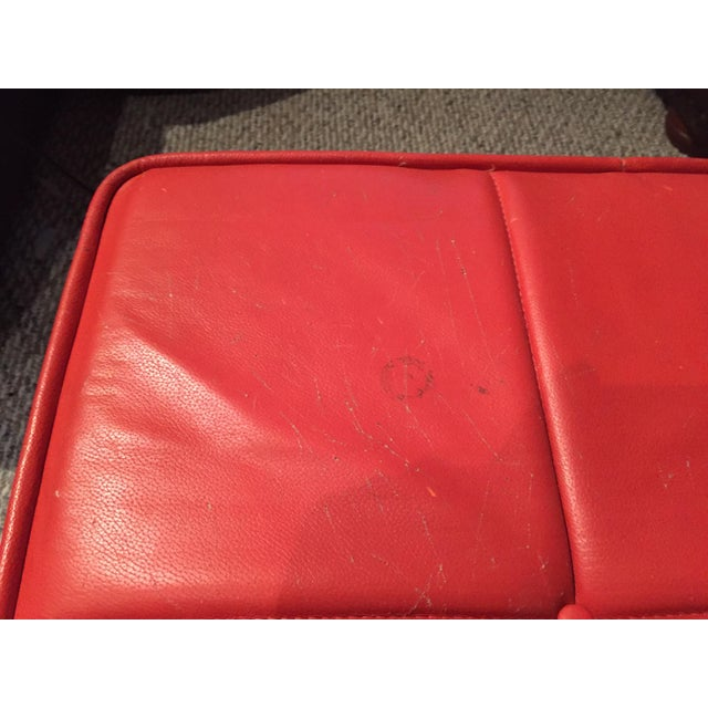 1960s 1960s Mid-Century Modern Florence Knoll Style Red Leather Chrome Bench For Sale - Image 5 of 10