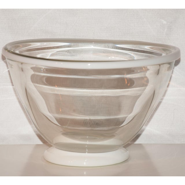 Contemporary 1983 United States Kent Ipsen Blown Glass Memphis Style Bowl For Sale - Image 3 of 6