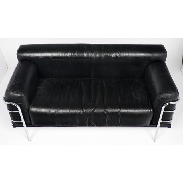 Animal Skin Vintage Le Corbusier Style Leather and Chrome Sofa For Sale - Image 7 of 10