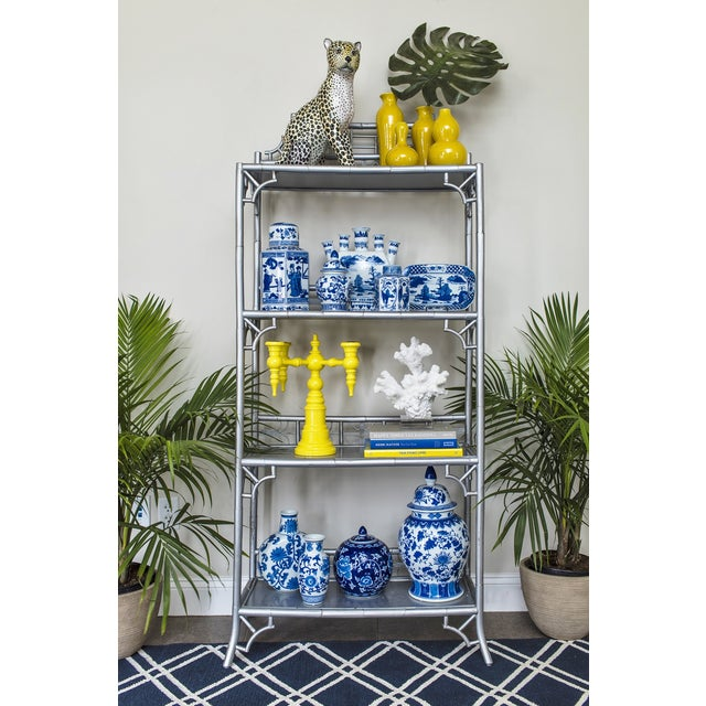 Chinoiserie Blue & White Porcelain Vase - Image 2 of 3