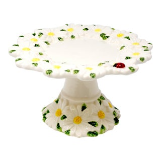 Daisies and Ladybug Pedestal Plate For Sale