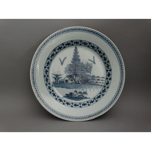 18th-C Delft Chinoiserie Charger For Sale In Houston - Image 6 of 7