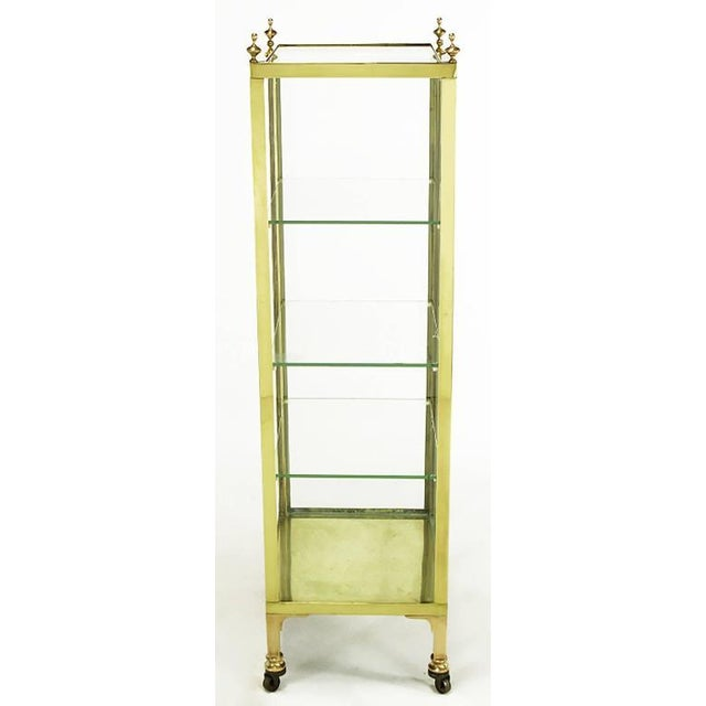 English Traditional 1930s Brass and Glass Open Three-Shelf Vitrine For Sale - Image 3 of 7