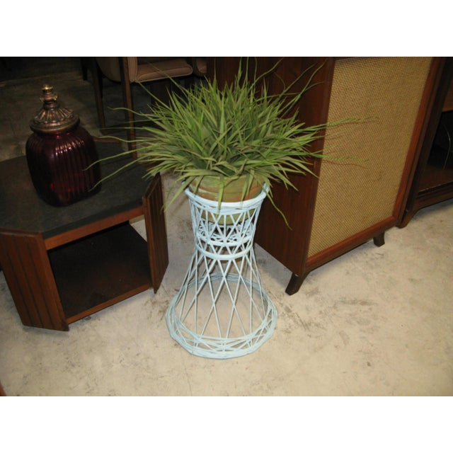 Boho Chic Mid Century Modern Fiberglass Russell Woodard Plant Stand For Sale - Image 3 of 8